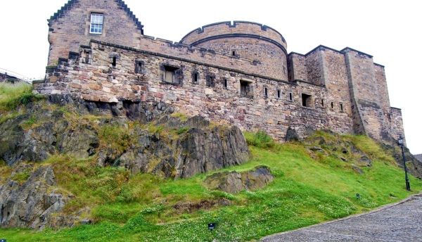 o-castelo-de-edimburgo
